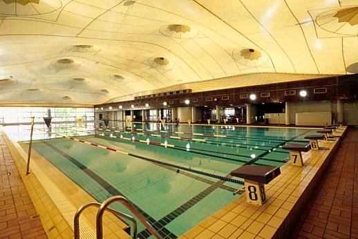Piscines libellule de paris for Piscine 75019